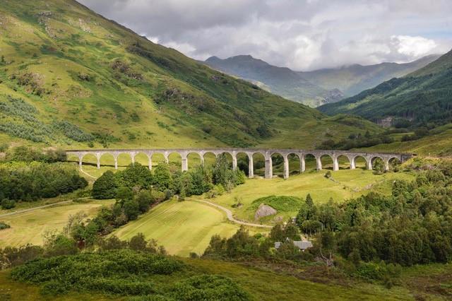 The Glenfinnan Viaduct © Lorne Gill/NatureScot